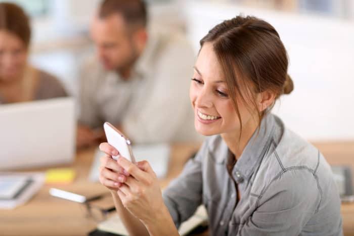 40 Mensajes De Texto Para Alimentar Un Amor A Distancia Familias