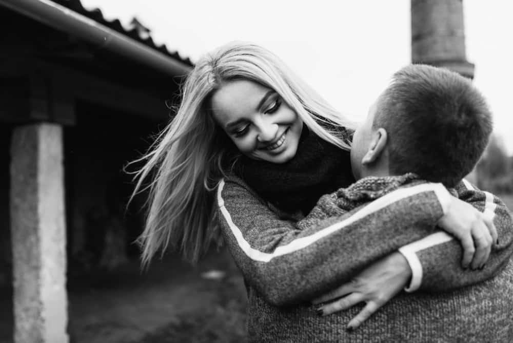 6 Maneras De Hacer Feliz A Una Mujer Especial Para Hombres Que No Tienen Idea De Lo Que Están Haciendo Familias