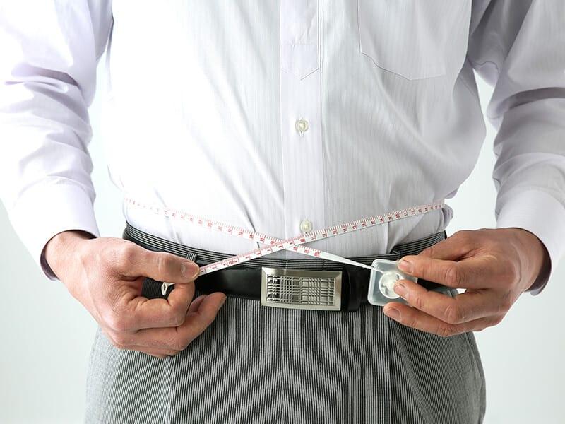 Encontrar clientes con comidas bajas en calorías MEDIA A B C